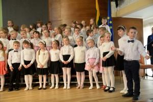 edukacinis-projektas-dainuoju-chore-10