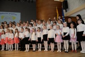 edukacinis-projektas-dainuoju-chore-4